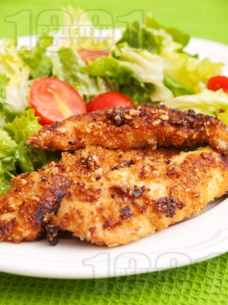 Панирани пилешки филенца с мед - снимка на рецептата